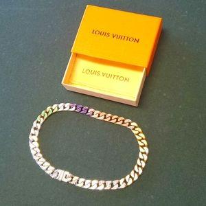 """LOUIS VUITTON 20"""" Chain Link Necklace"""
